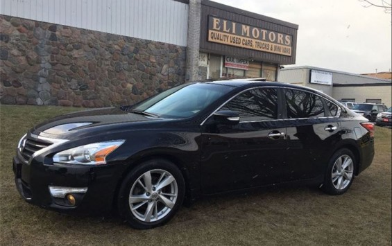 Pre-Owned 2013 Nissan Altima SL