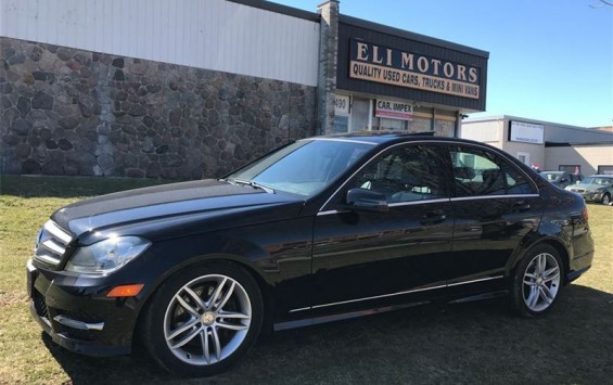Pre-Owned 2013 Mercedes-Benz C300