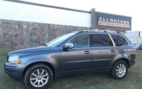 Pre-Owned 2009 Volvo XC90 Sport