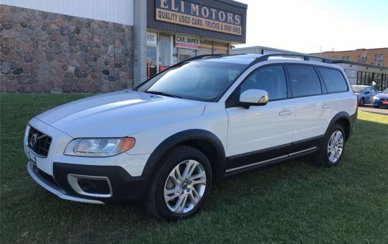 2010 Volvo XC70 Premium Package